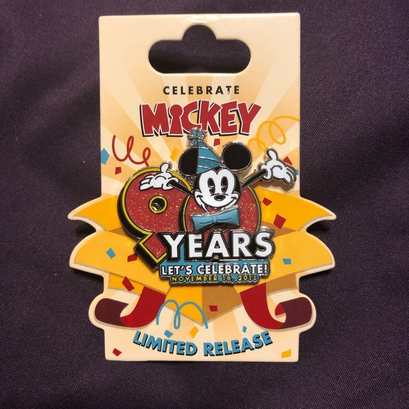d2317cce65fa73 Mickey Mouse 90th birthday pin!